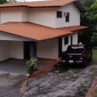 Casa en Alquiler Urbanización Rios.
