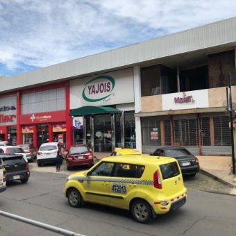 Se Alquila Local Comercial Sobre Calle 4ta