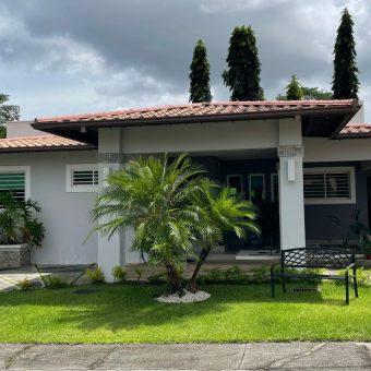 Residencia en Venta Urbanizacion Lomas de San Carlos – David Chiriqui